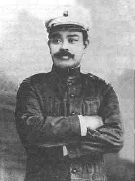 The most known photo of General Antonio Luna